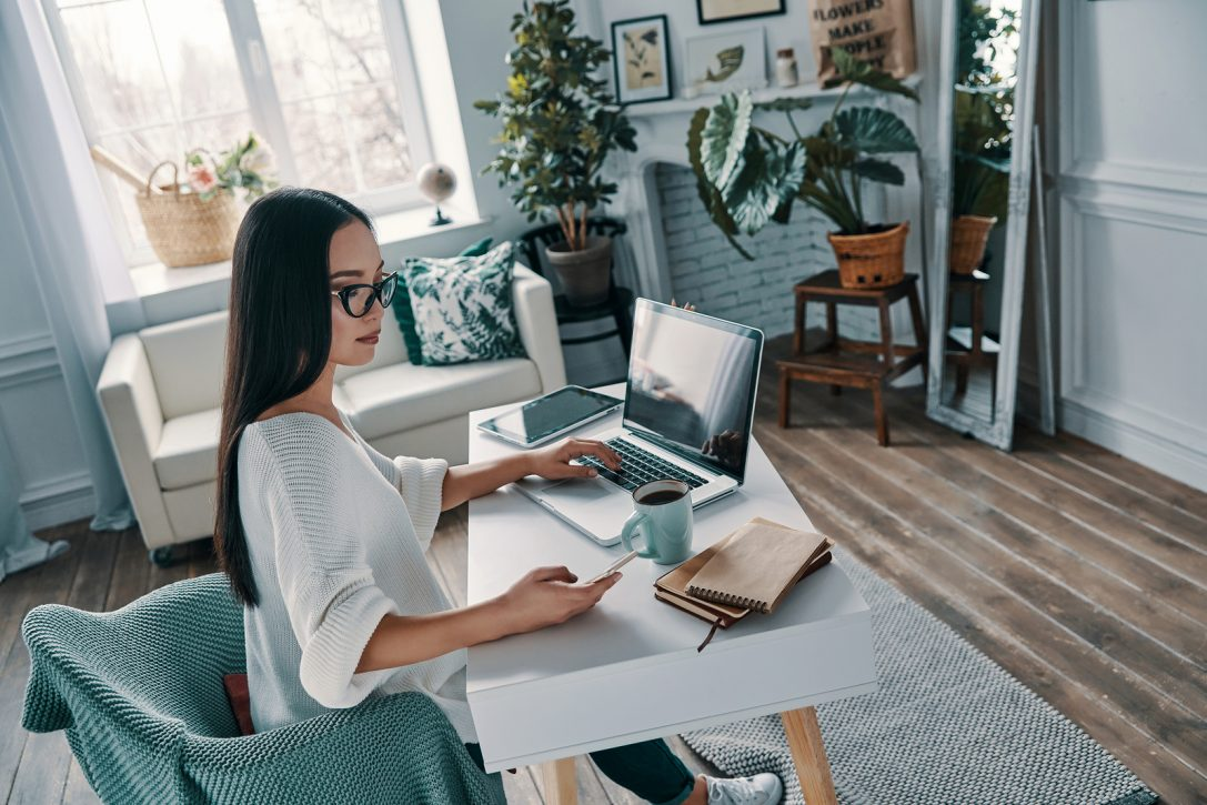10 Ways to Stay Focused While Working From Home